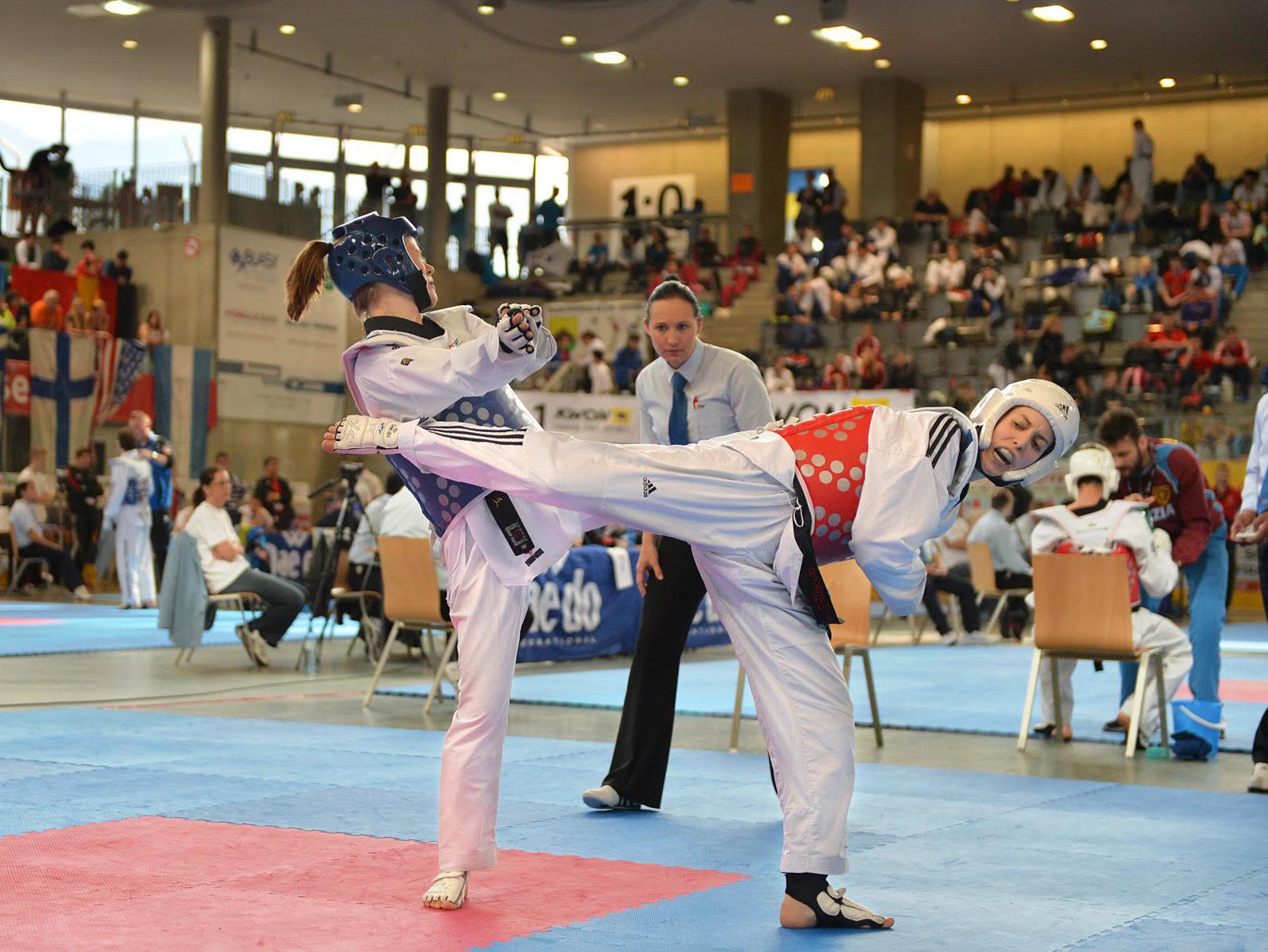 Wechamp athlete haut niveau taekwondo clara mallien activité team building entreprise