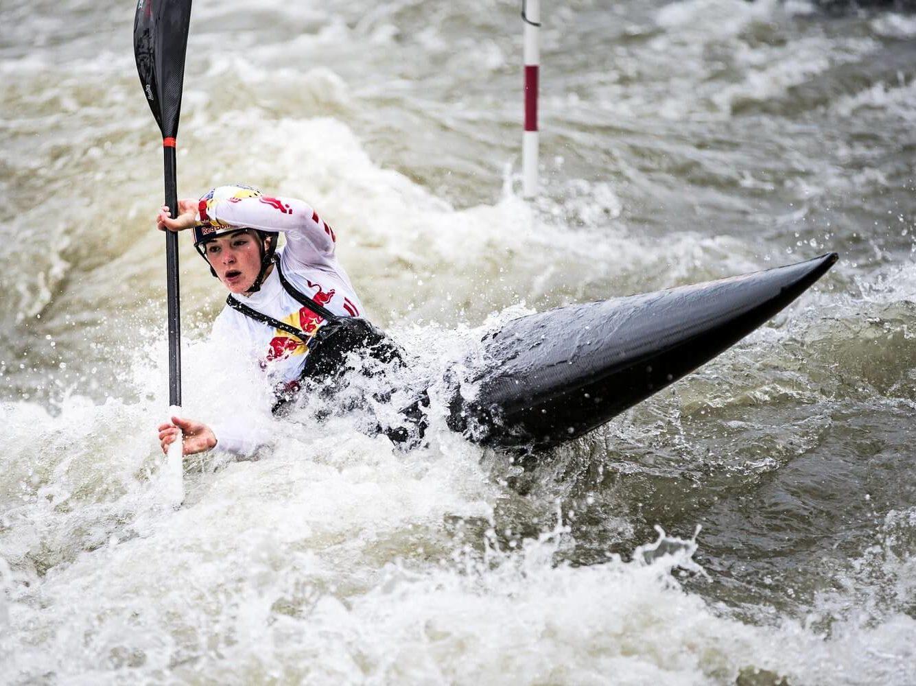 Nouria Newman kayak athlète haut niveau wechamp entreprise conférence