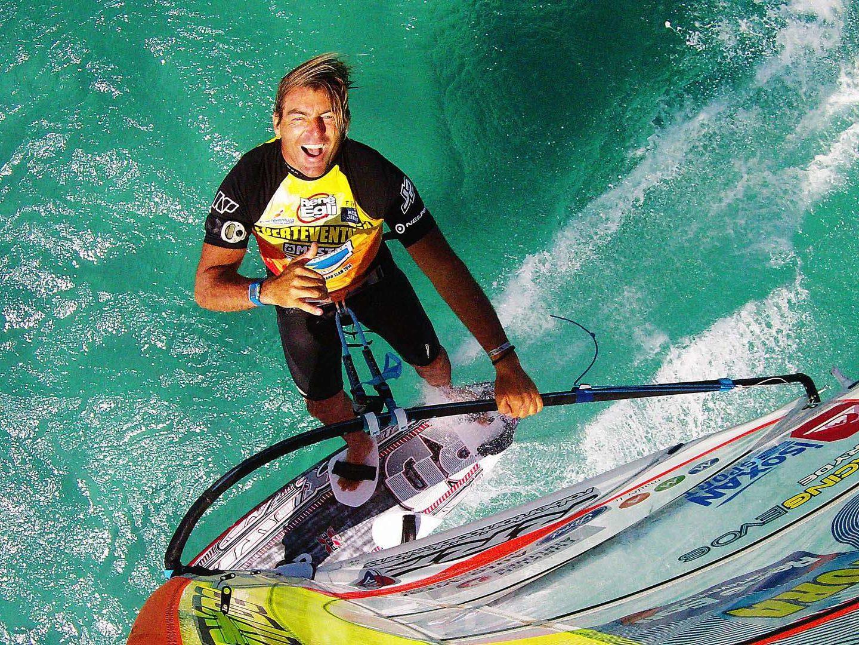 Antoine Albeau 25 fois champion du monde de planche à voile et conférencier sportif