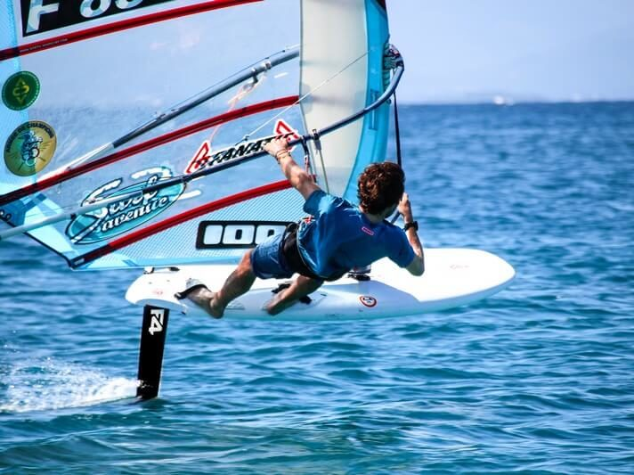 Thomas Goyard athlète de haut niveau windsurf wechamp-entreprise incentive event public team building