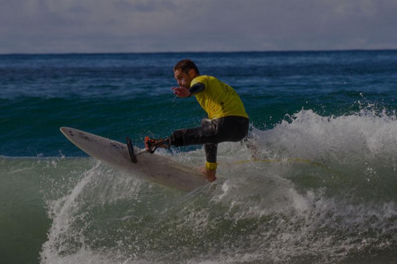 Eric dargent, surfeur de haut niveau et conférencier sur la diversité, le handicap et la motivation