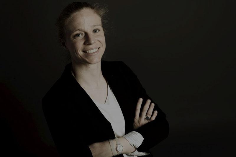 Astrid Guyart athlète de haut niveau, et conférencière sur le management, et l'équipe au sein de l'entreprise WeChamp