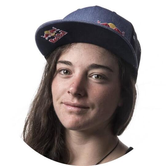 Nouria Newman Kayak WeChamp