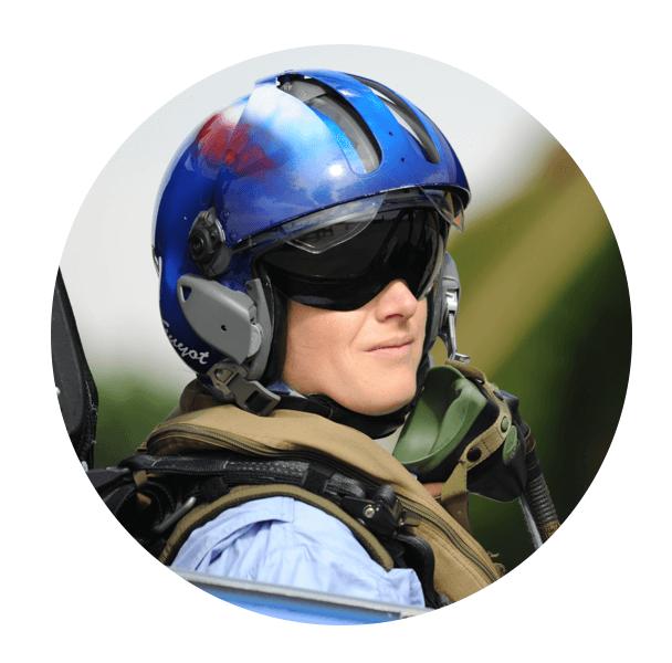 conférencier militaire virginie guyot pilote de chasse et patrouille de france
