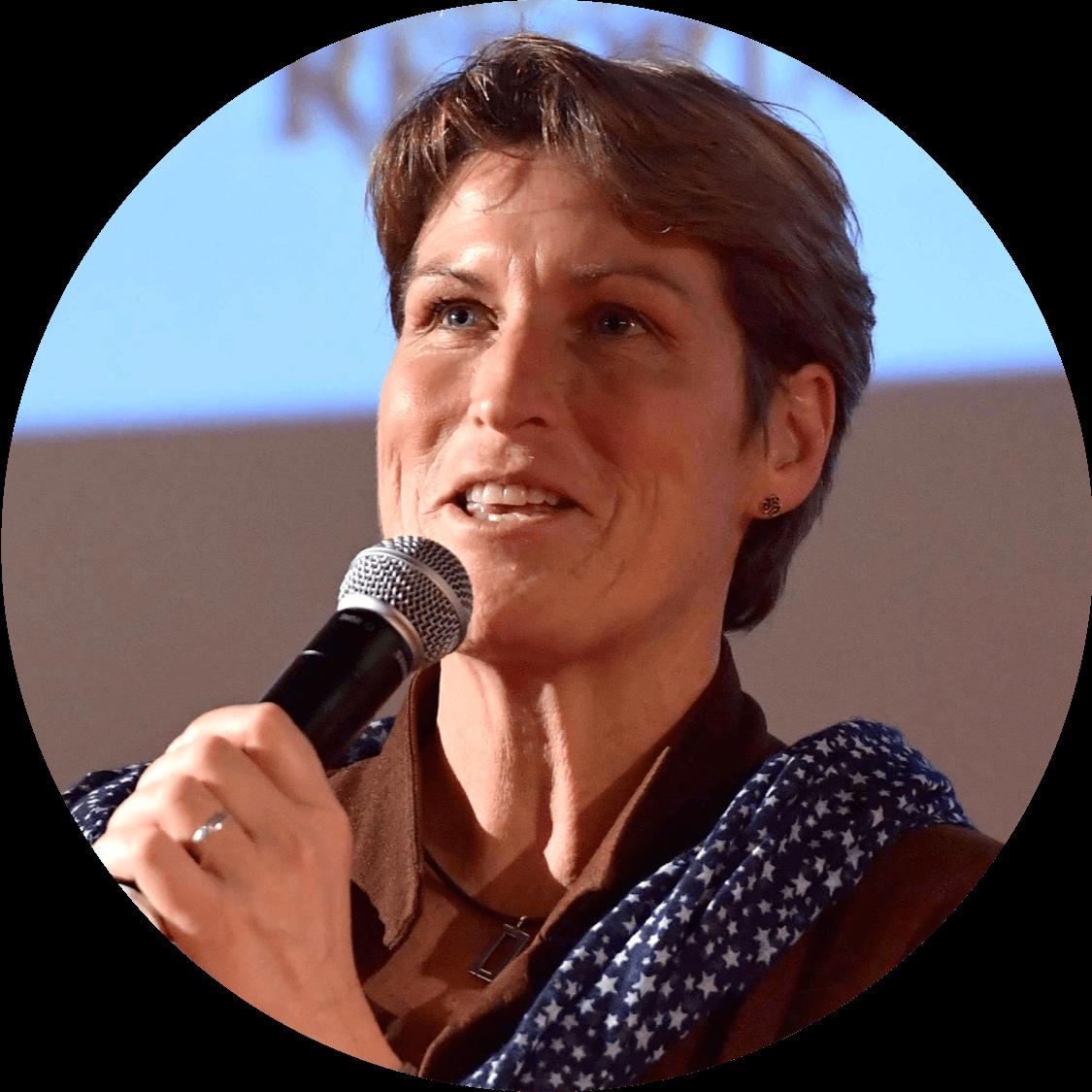Conférencière sportive Anne Quéméré WeChamp